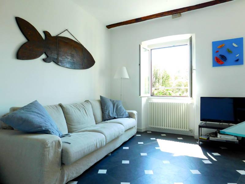 Bagni Blue Marlin Levanto : Appartamento di pregio affacciato direttamente sui giardini di levanto